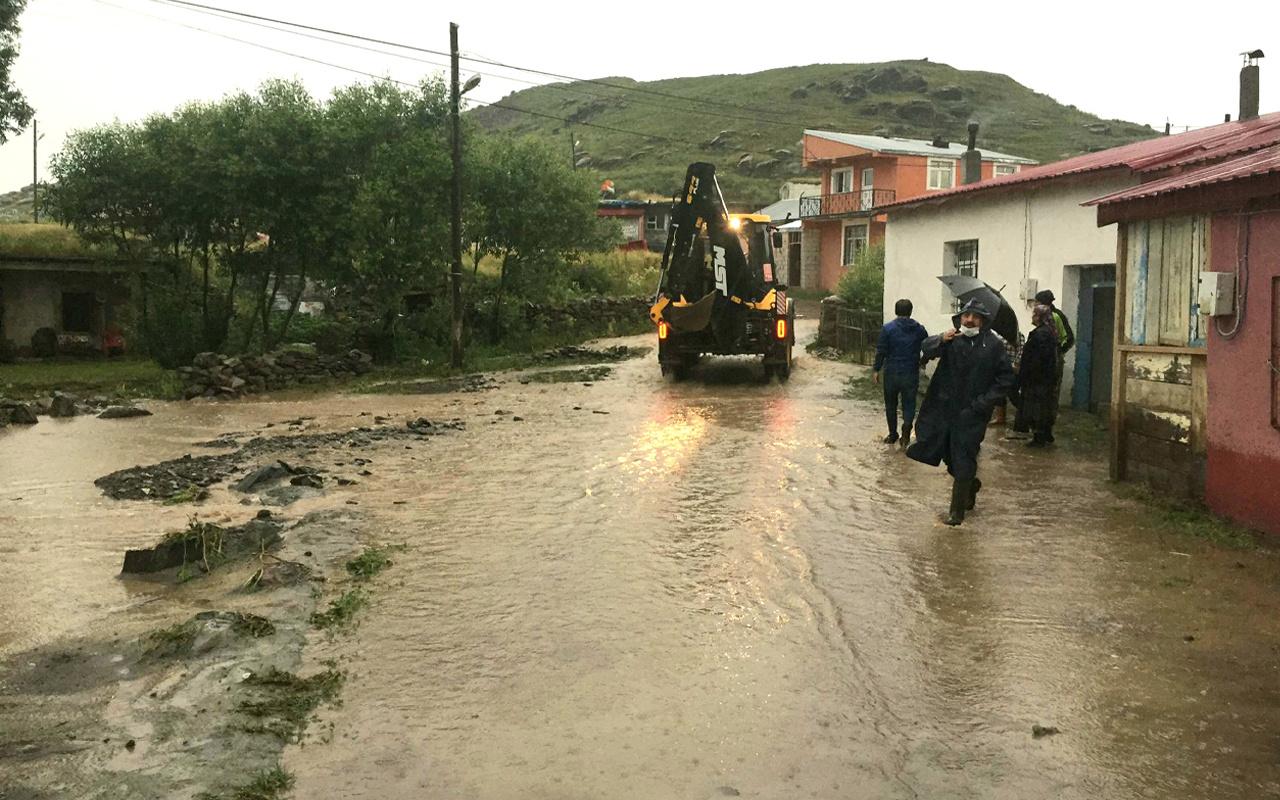 Ardahan'da yağmur sele neden oldu! Evler suyla doldu oturulamaz hale geldi