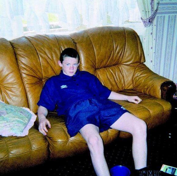 İngiliz futbolunun efsane isimlerinden Wayne Rooney çok değişti görenler şaştı kaldı