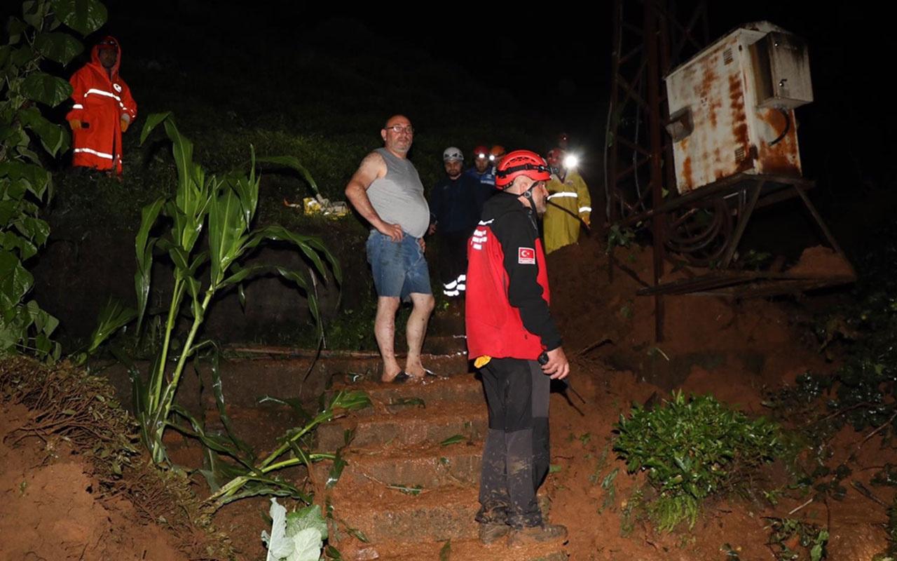 Rize'de sel felaketi! Kayıp 3 kişi aranıyor