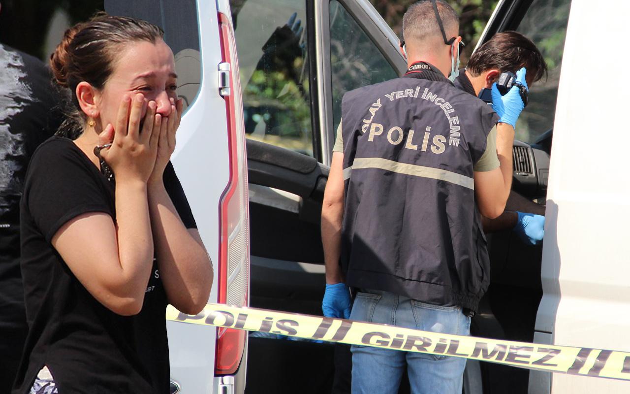 Antalya'da park halinde araca bakan şok oldu! Gözyaşlarına boğuldu