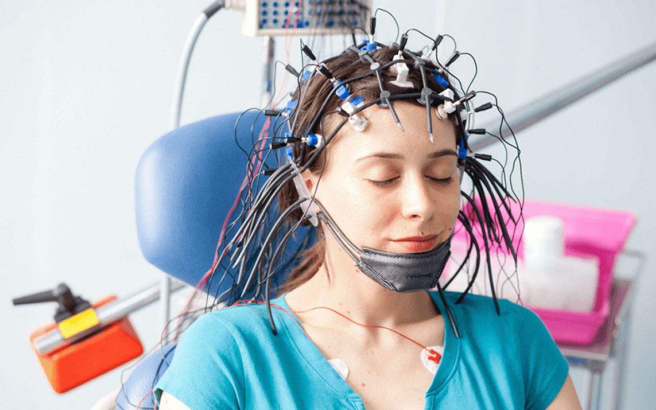 Felçli hastanın aklından geçenler bilgisayarla cümlelere döküldü