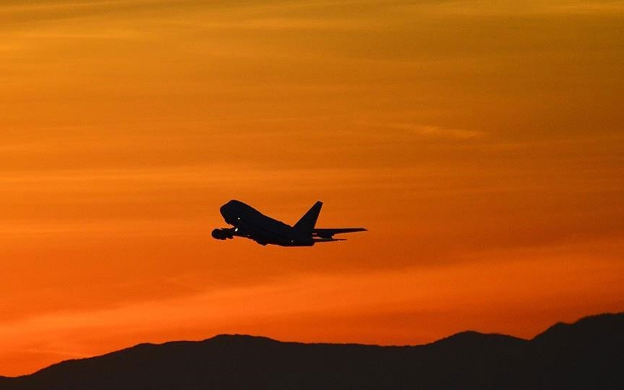 Rus yolcu uçağı kayboldu! Uçakta 17 kişi vardı