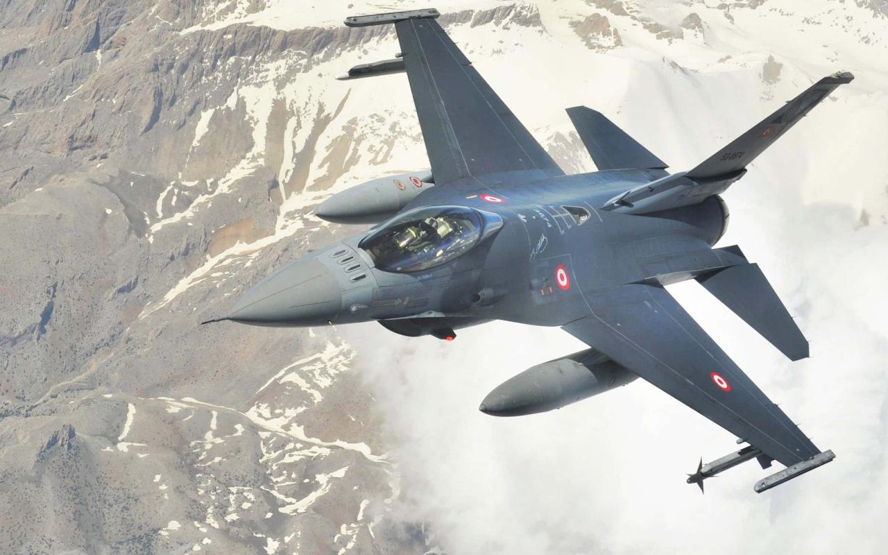 TUSAŞ'tan Hava Kuvvetleri Komutanlığına sekizinci F-16 teslimatı