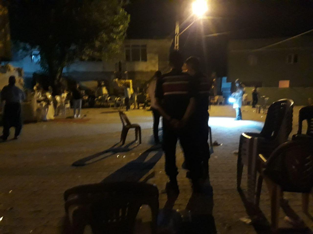 Mersin'de düğünde tüfekle havaya ateş açıldı! 10 kişi yaralandı