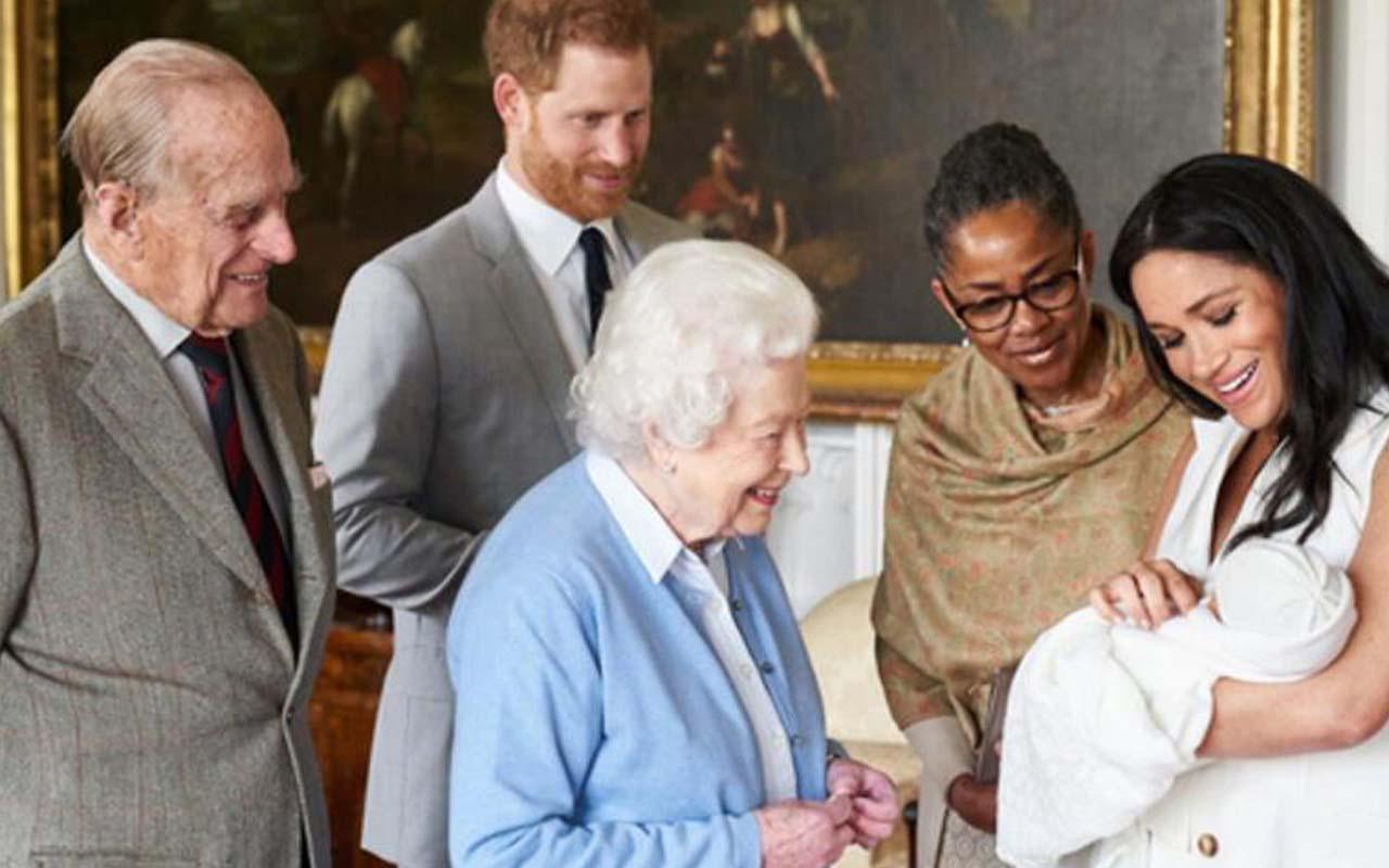 Prens Harry ailenin tüm sırlarını kitap yazıp ifşa edecek