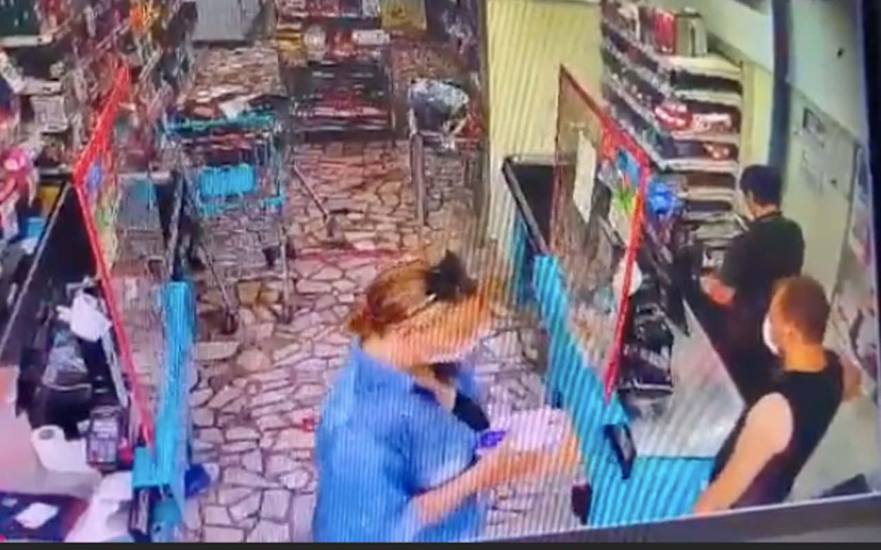 Karısına Orkid dedi diye kasiyer genci dövdü! Markette skandal olay!