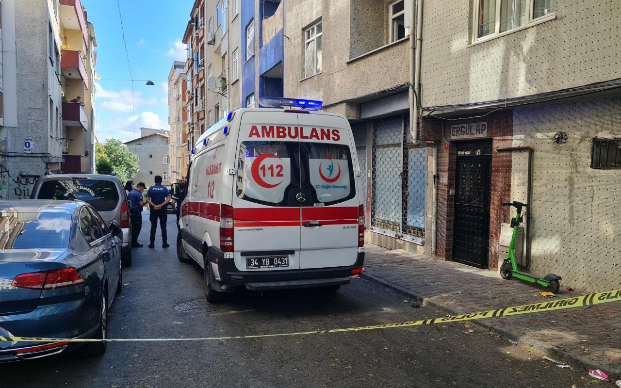 İstanbul'da yangın çıkan eve giren ekipler şok oldu! Kesilmiş halde...