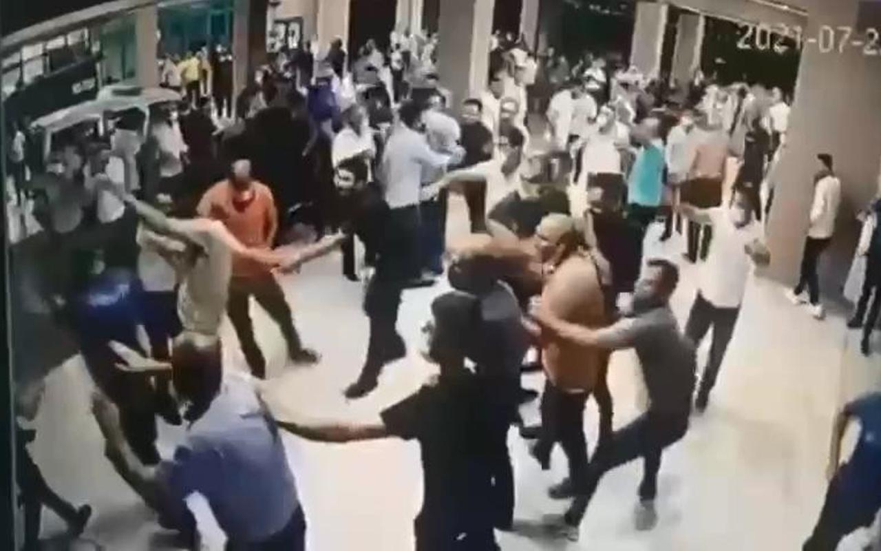 Diyarbakır'da acı haber gelince ortalık karıştı! Polisler yaralandı