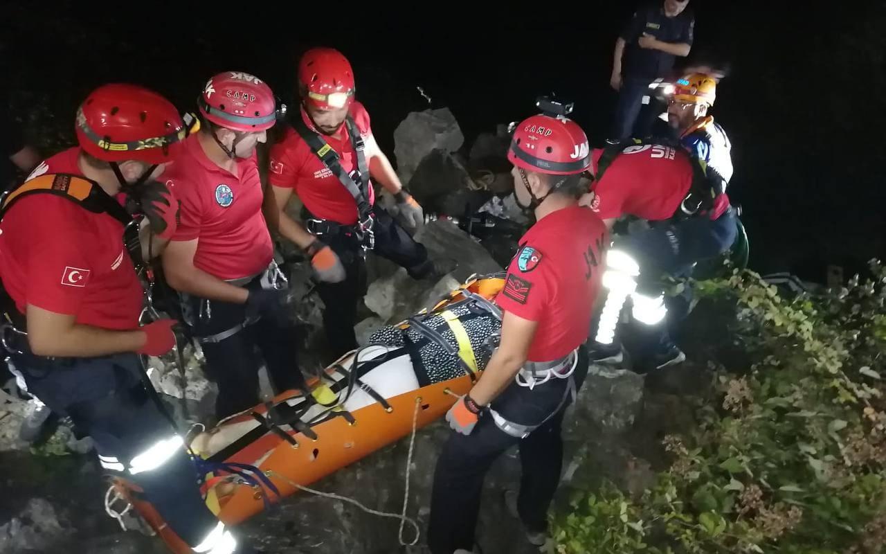 Kastamonu'da feci kaza! Ekipler seferber oldu 5 saatin sonunda kurtarıldı