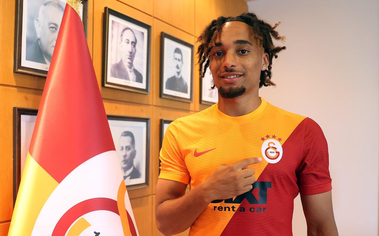 Galatasaray sağ bek Sacha Boey'in transferini resmen duyurdu