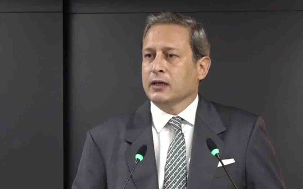 Burak Elmas'tan Fatih Terim açıklaması: Eleştiriler sert ve haksız