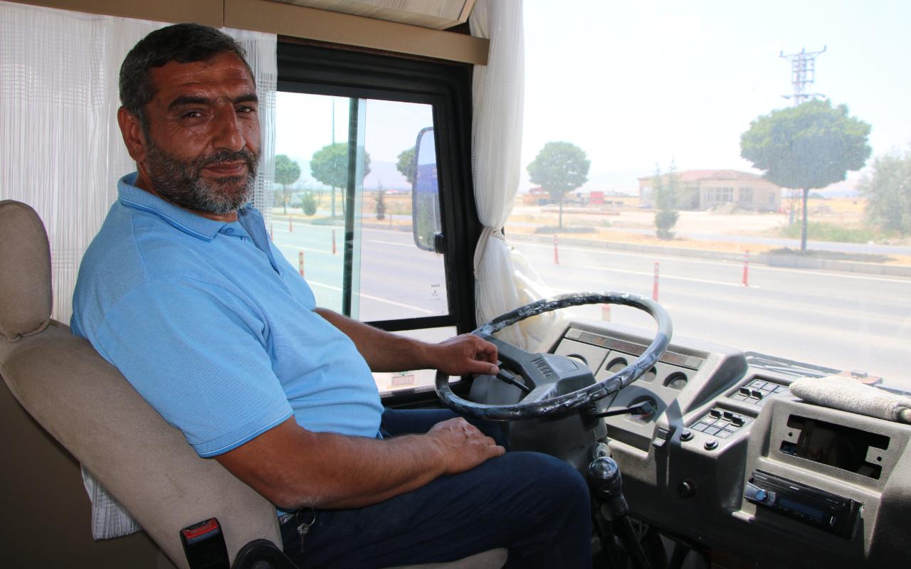 Elazığ'da görenler hayran kaldı! 60 bin lira harcayıp lüks karavan haline getirdi