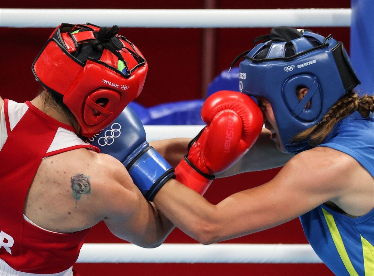 Busenaz Sürmeli tarih yazdı! Tokyo 2020'de olimpiyat madalyasını garantiledi