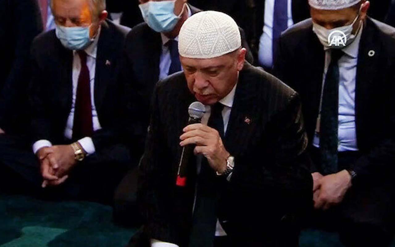 Cumhurbaşkanı Erdoğan camide yangın için dua etti