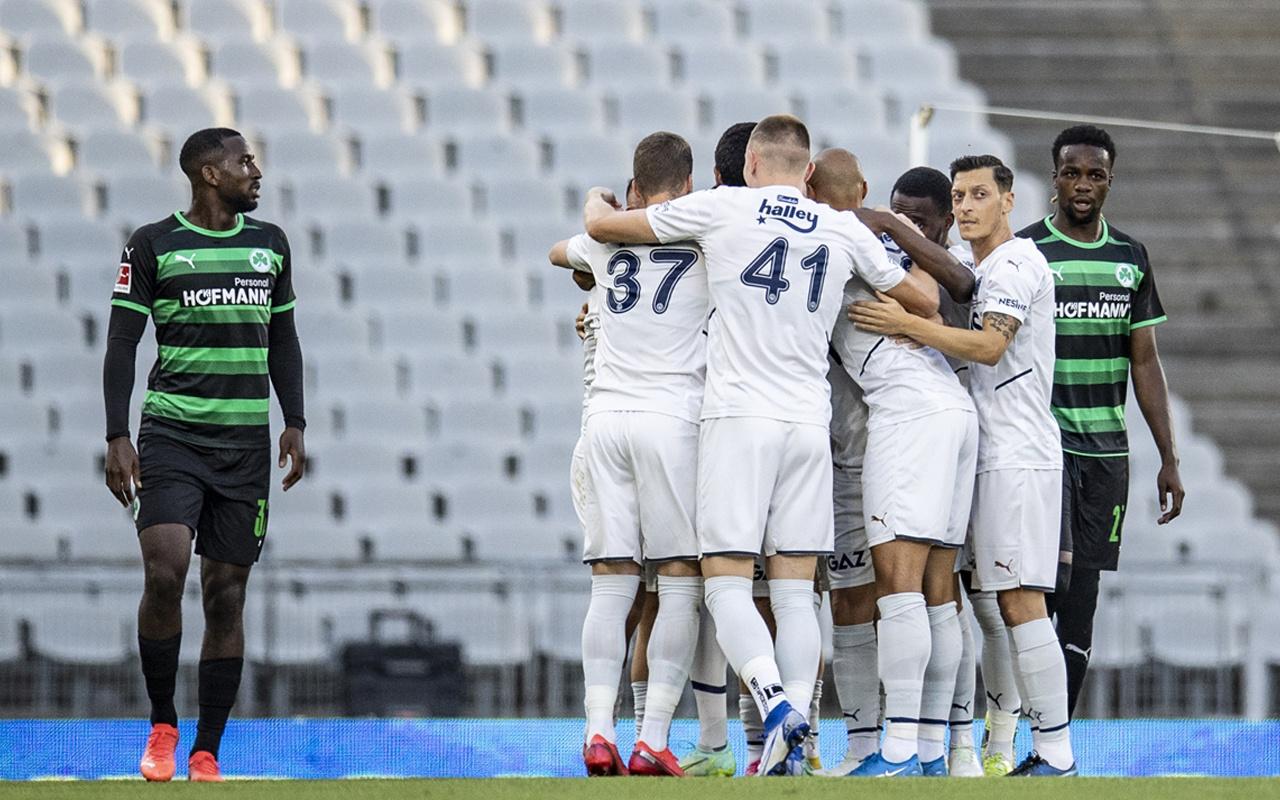 Fenerbahçe, Alman ekibi Greuther Fürth ile hazırlık maçında 3-2'lik galibiyet aldı