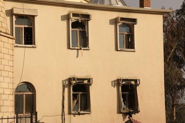 Antalya Manavgat'ta küle dönen mahalledeki tek sağlam yapı görenleri şaşırttı