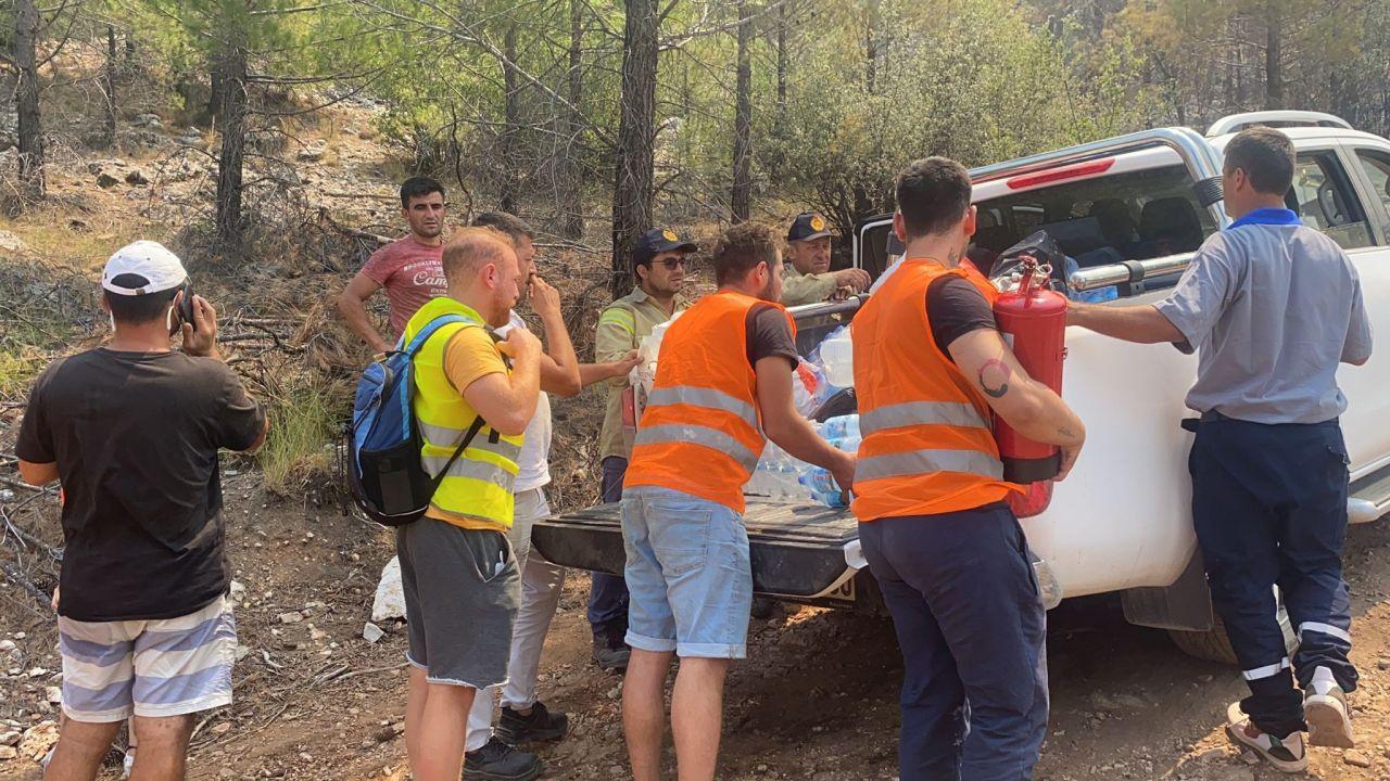 Muğla'daki yangına duyarsız kalmadı! Çocuklar Duymasın'un Havuç'u Furkan Kızılay takdir topladı