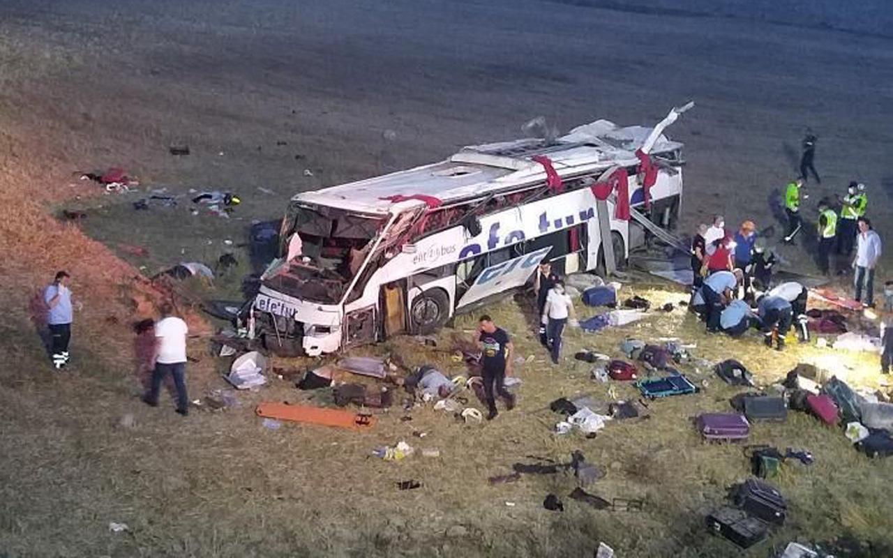 Balıkesir'de yolcu otobüsü takla attı! 15 kişi öldü 17 kişi de yaralandı