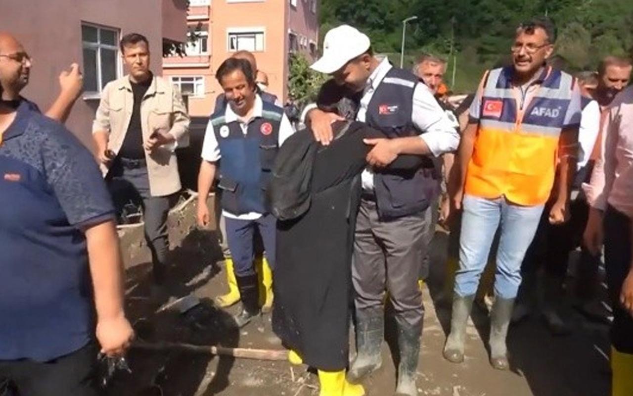 Bakan Murat Kurum'un önüne çıkan vatandaş: Allah sizden razı olsun