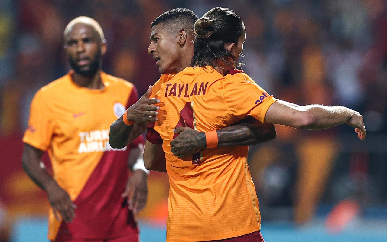 UEFA Avrupa Ligi'nde Randers'i deviren Galatasaray gruplara kaldı