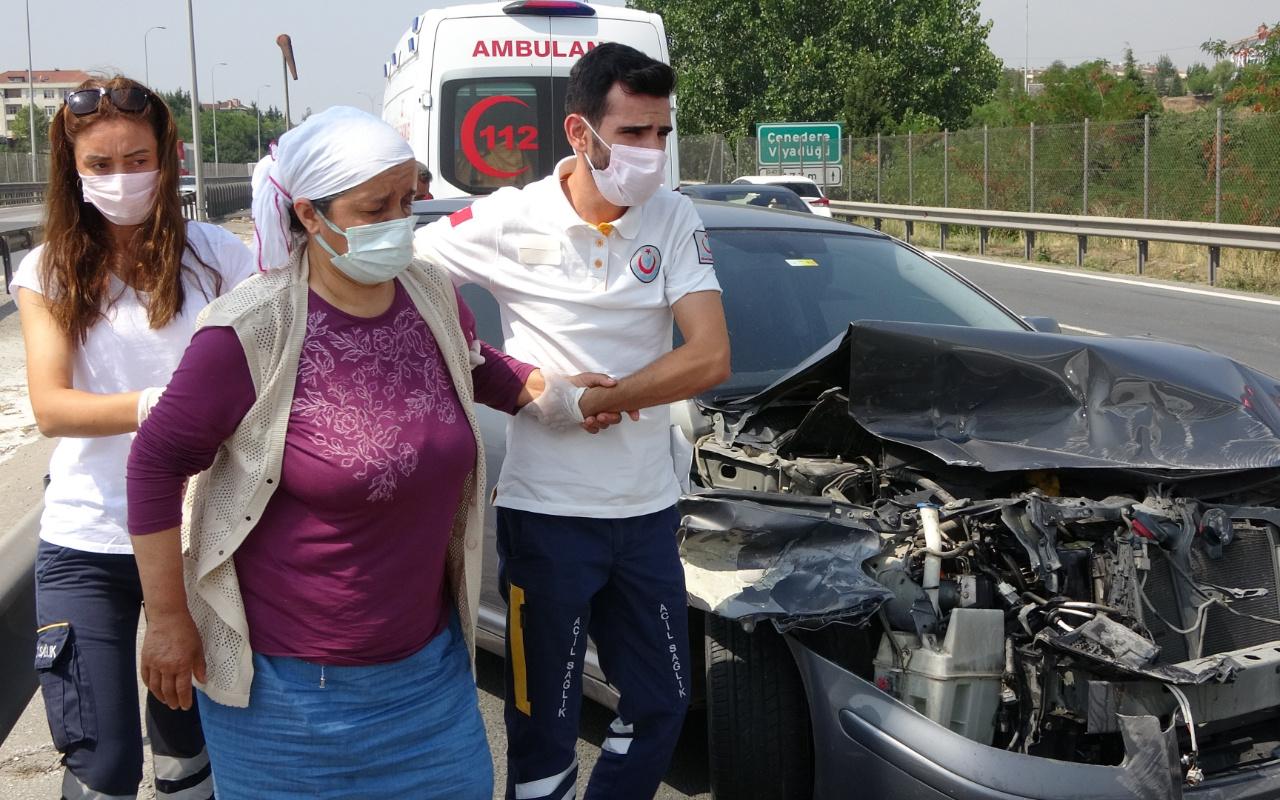 Kocaeli'de feci kaza! Kaza yapıp ters yöne döndü: Trafik kilitlendi