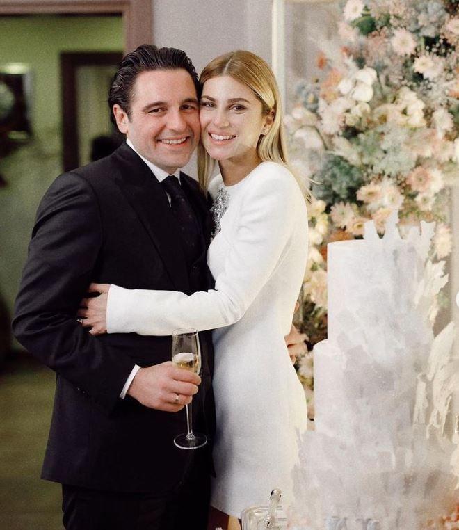 Hacı Sabancı ile düğün için gün sayan Nazı Kayı'nın üvey babası vefat etti! Düğün iptal oldu