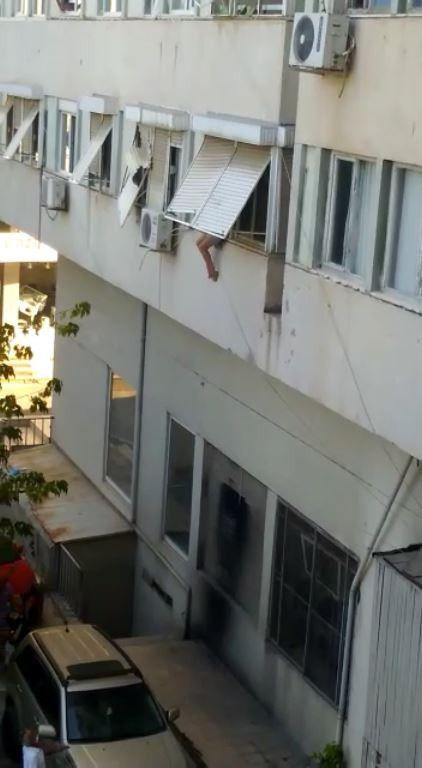 'Beni kurtarın' deyip pencereden atladı! Antalya'da genç kız: İranlılar satmaya çalıştı