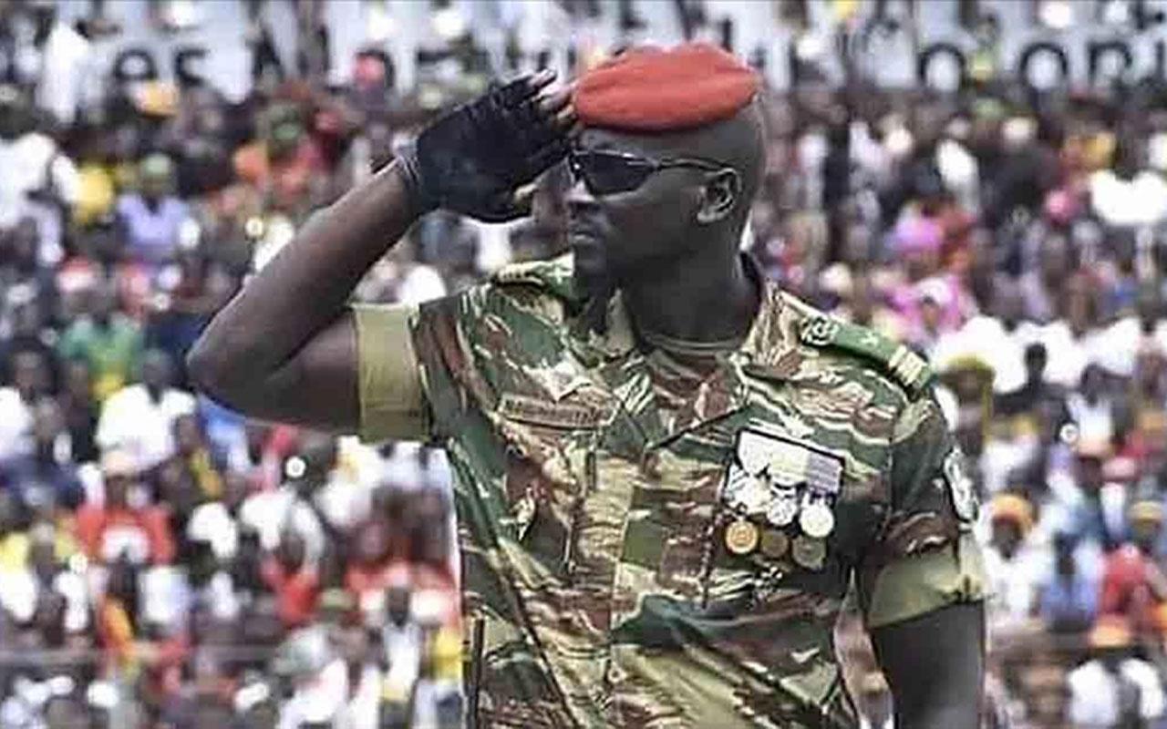 Gine'de darbenin arkasındaki isim: Yarbay Mamady Doumbouya Fransa ve İsrail parmağı