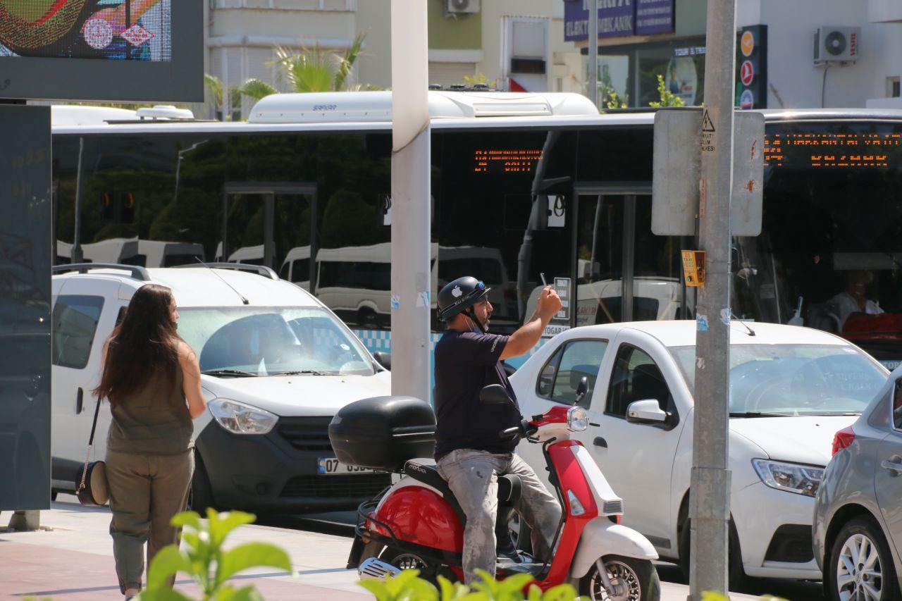 Antalya'da görenler telefona sarıldı! Film izler gibi kayda aldılar