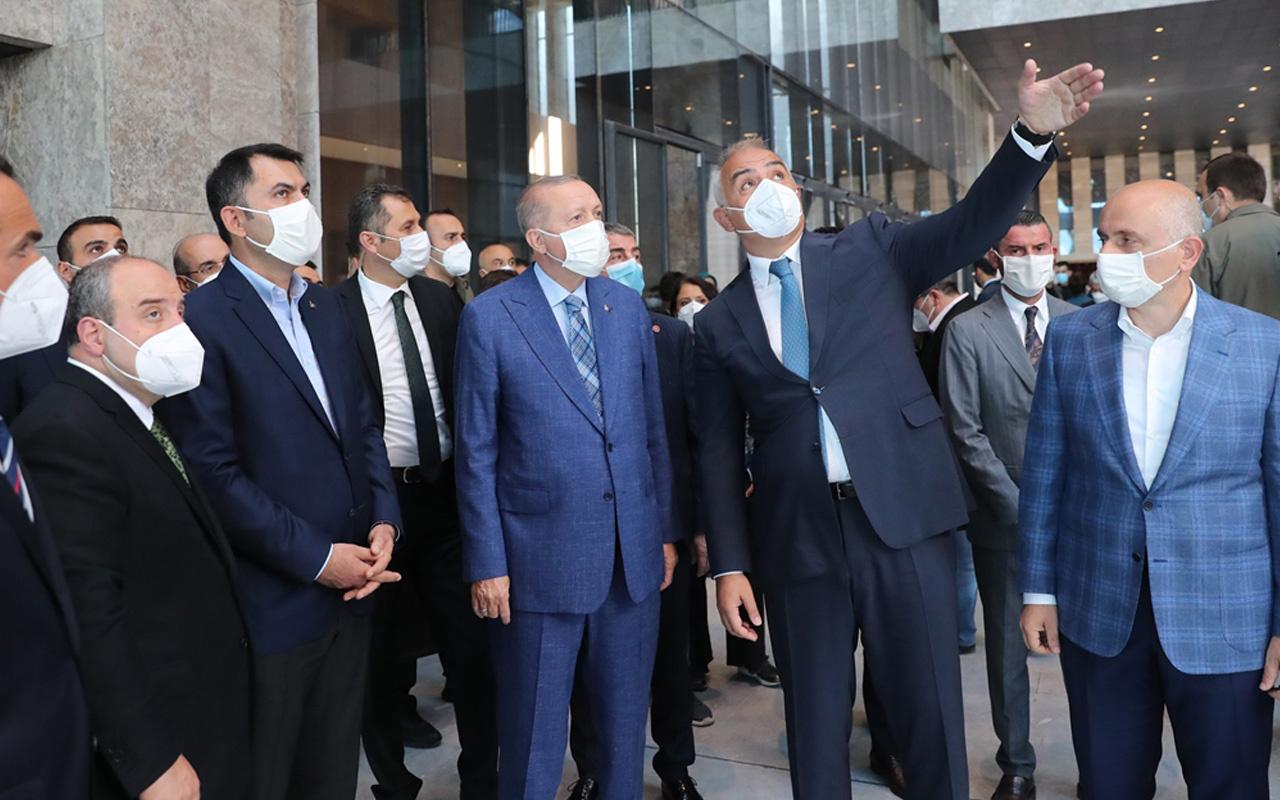 Cumhurbaşkanı Recep Tayyip Erdoğan, AKM ve Rami Kışlası'nda incelemelerde bulundu