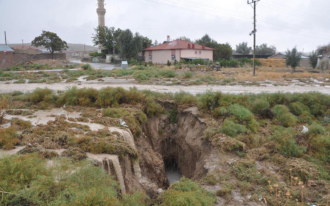 Konya'da yağmur sonrası dev yarıklar oluştu! AFAD inceleme başlattı!