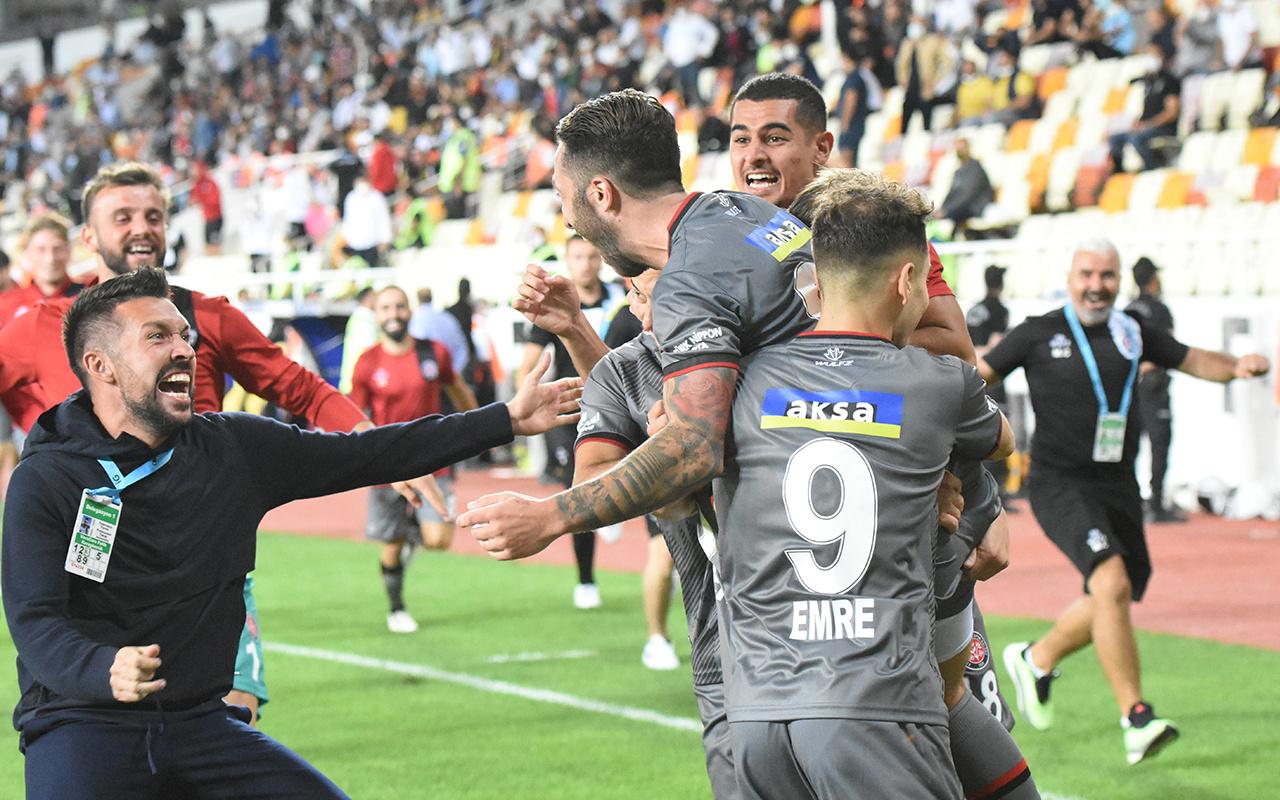 Fatih Karagümrük konuk olduğu Yeni Malatyaspor'u 4-3 yendi