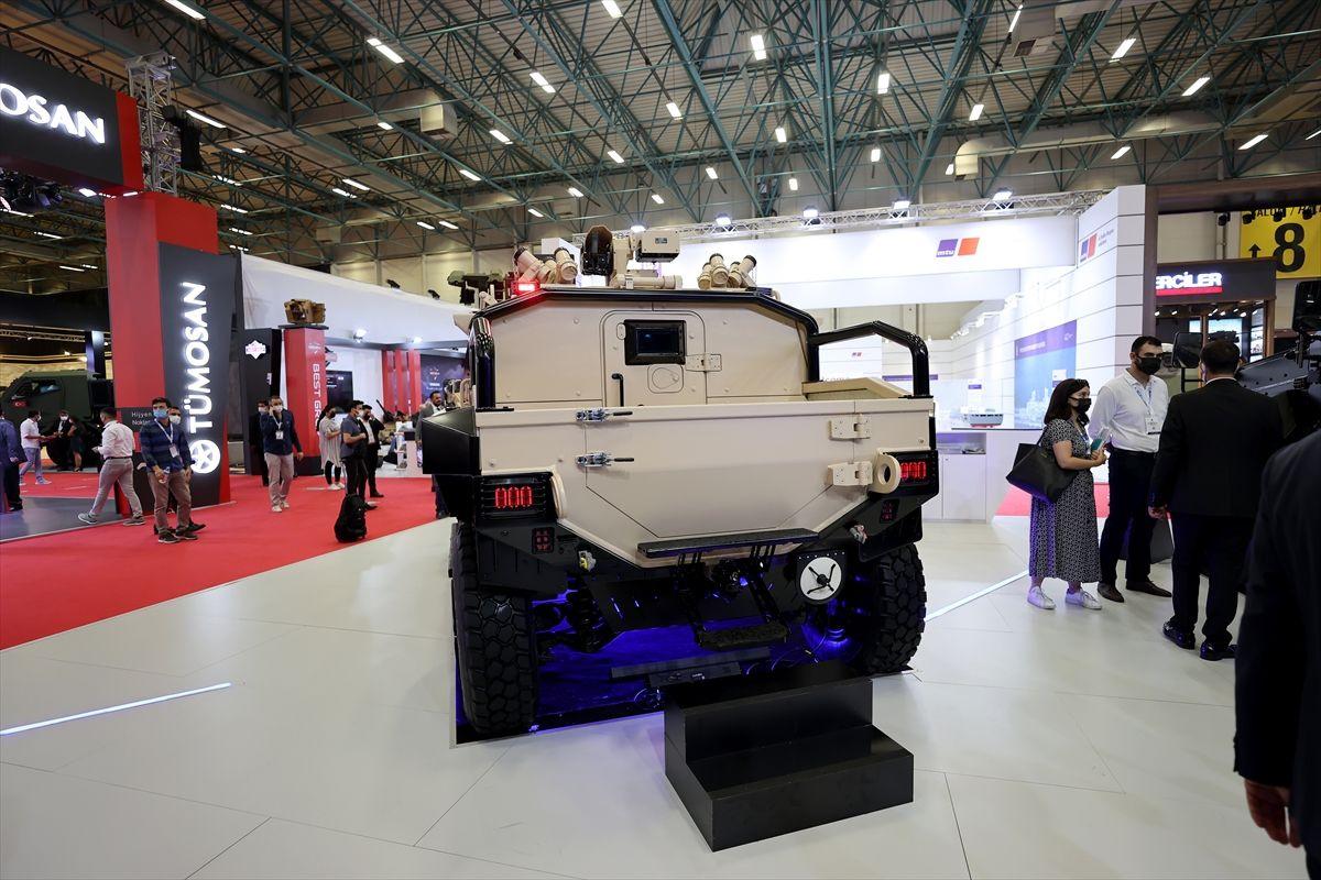 Dört ülke Türk zırhlısı Yörük 4x4'ü bekliyor pikap versiyonu ilk kez sergilendi