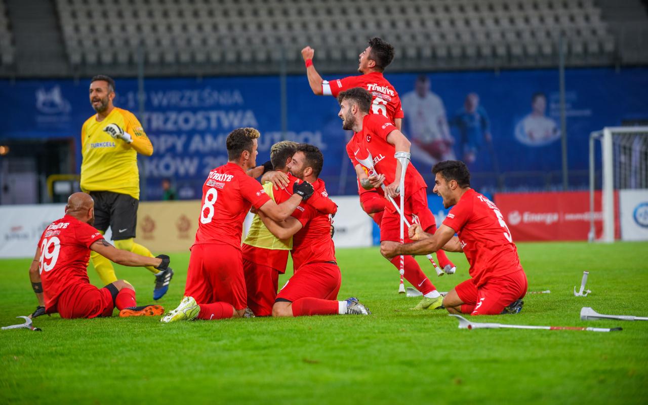 Ampute Futbol Milli Takımımız Rusya'yı yenerek finale yükseldi