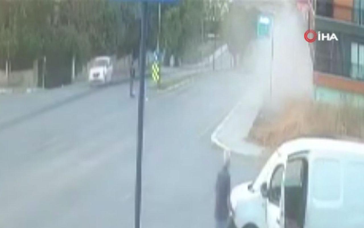 Beylikdüzü'nde alkollü sürücü markete böyle daldı o anlar güvenlik kamerasına takıldı