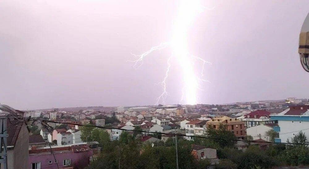 İstanbul'da sağanak ve fırtına