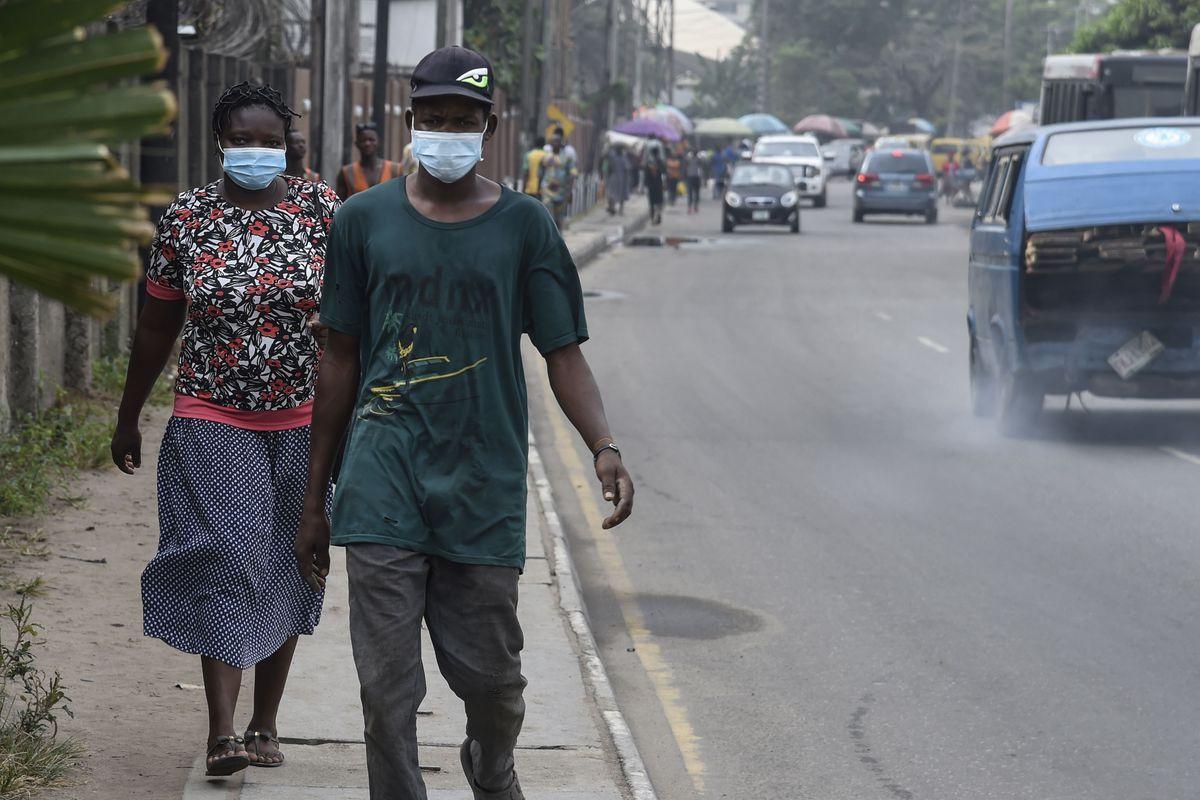 Koronavirüs evrim geçirdi! Havada daha iyi yayılıyor bu 5 semptoma dikkat