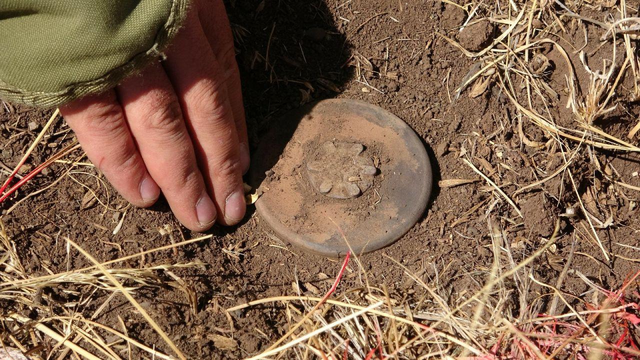 İran sınırında zorlu mayın temizleme görevi