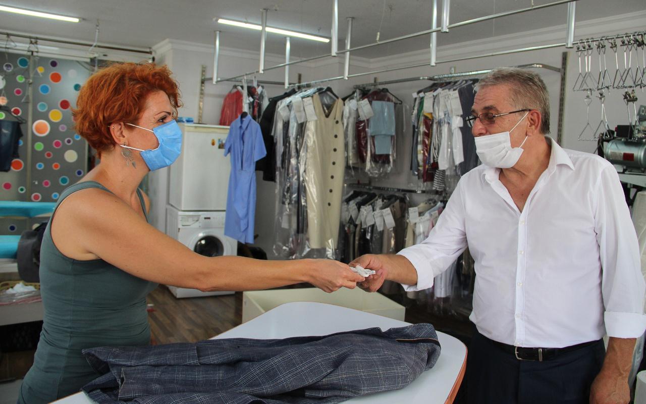 Antalya'da ceket cebinde 2 bin TL buldu! Bakın ne kadar ödül aldı: Tüylerim ürperdi