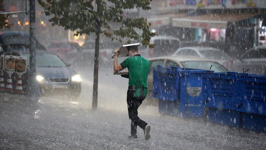Yarın bitiyor Meteoroloji uyardı saat verildi: Kuvvetli yağış geliyor: İstanbul Ankara İzmir