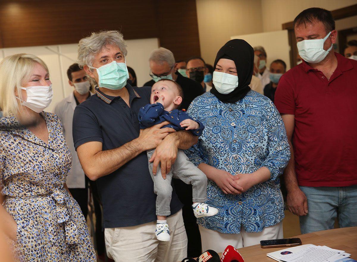 Ölüden rahim nakliyle doğdu! 'Ömer Özkan' bebek doktorunun kucağında