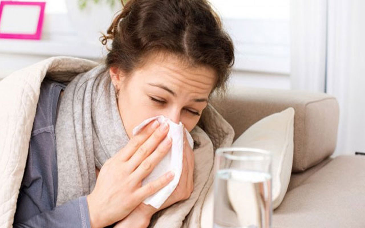 Grip miyim yoksa Kovid mi? Prof. Dr. Mustafa Gerek belirtileri tek tek açıkladı