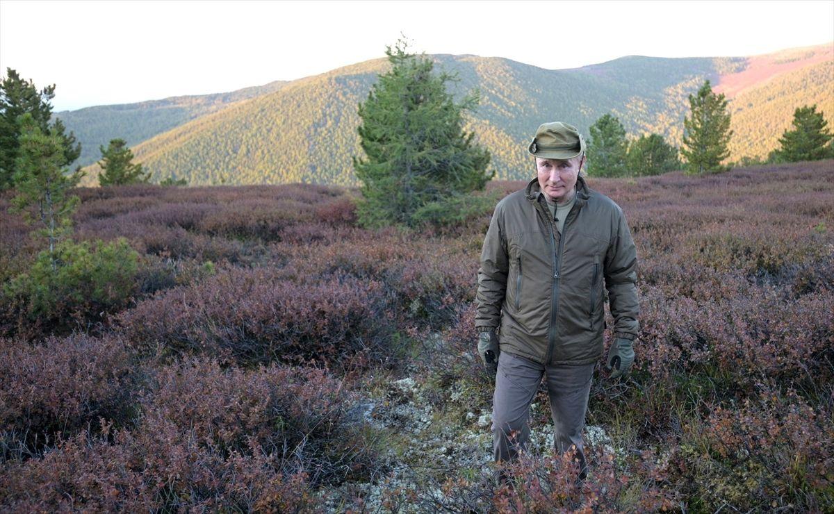 Rusya Devlet Başkanı Putin'den karantina sonrası Sibirya tatili!