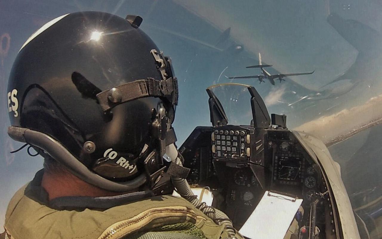 TEKNOFEST'te Akıncı'nın F-16 kokpitinden görüntüleri nefes kesti