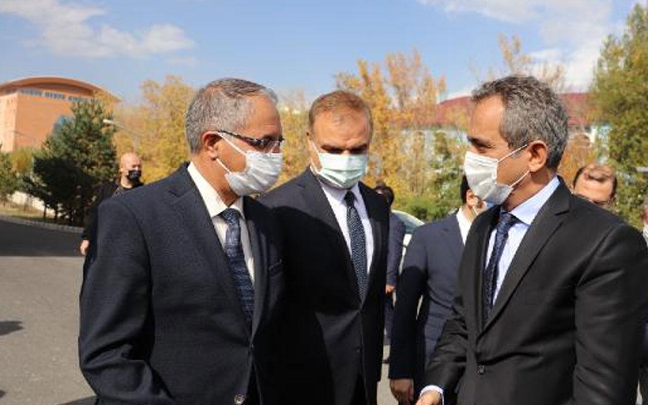 Milli Eğitim Bakanı Mahmut Özer'den 'yardımcı kaynak' açıklaması: Kesinlikle almasınlar