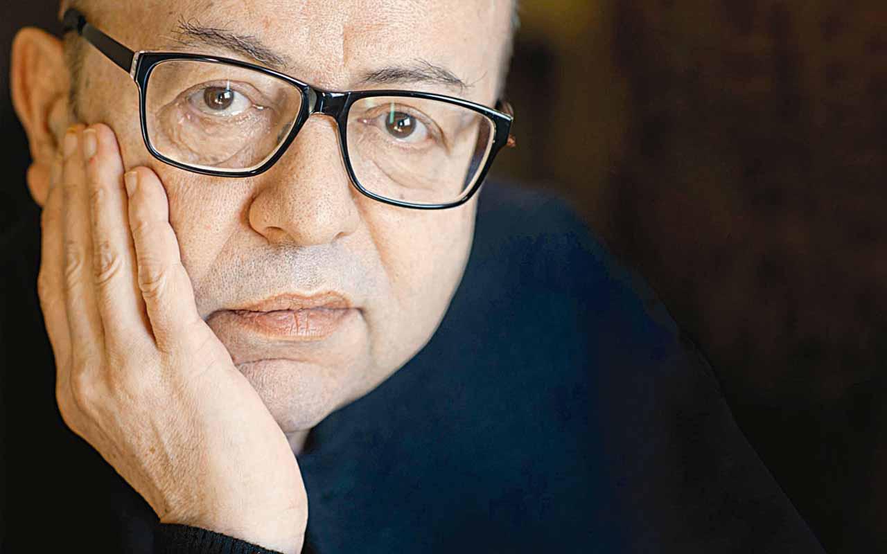 Usta edebiyatçı Selim İleri hastaneye kaldırıldı