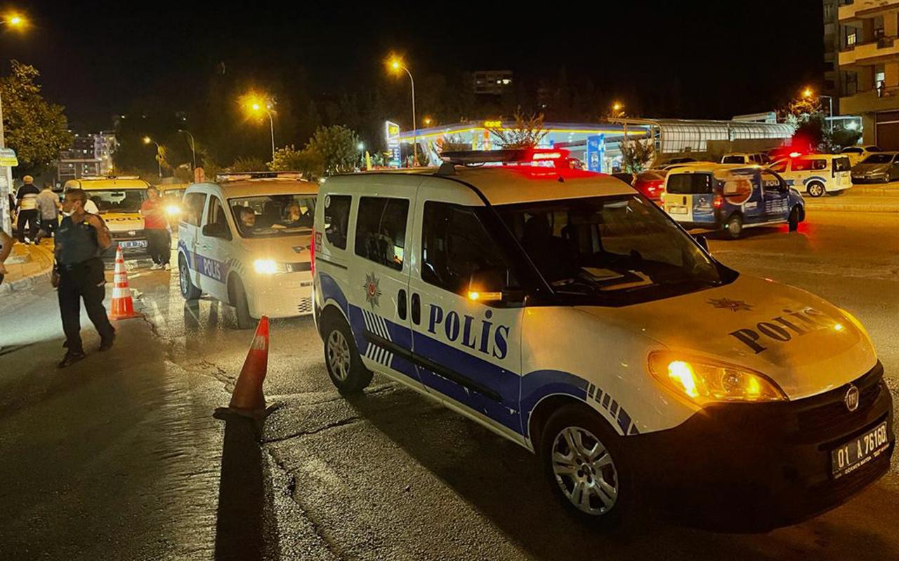 Adana'da emekli polis memuru kahvehanede tartıştığı 2 kişiyi öldürdü