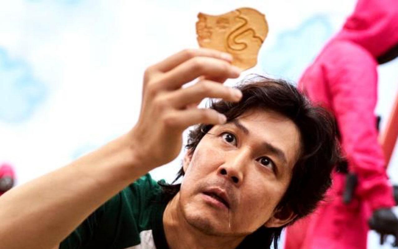 Bergüzar Korel'den 'Squid Game' isyanı: Anne babalar çocuklara izletmeyin!