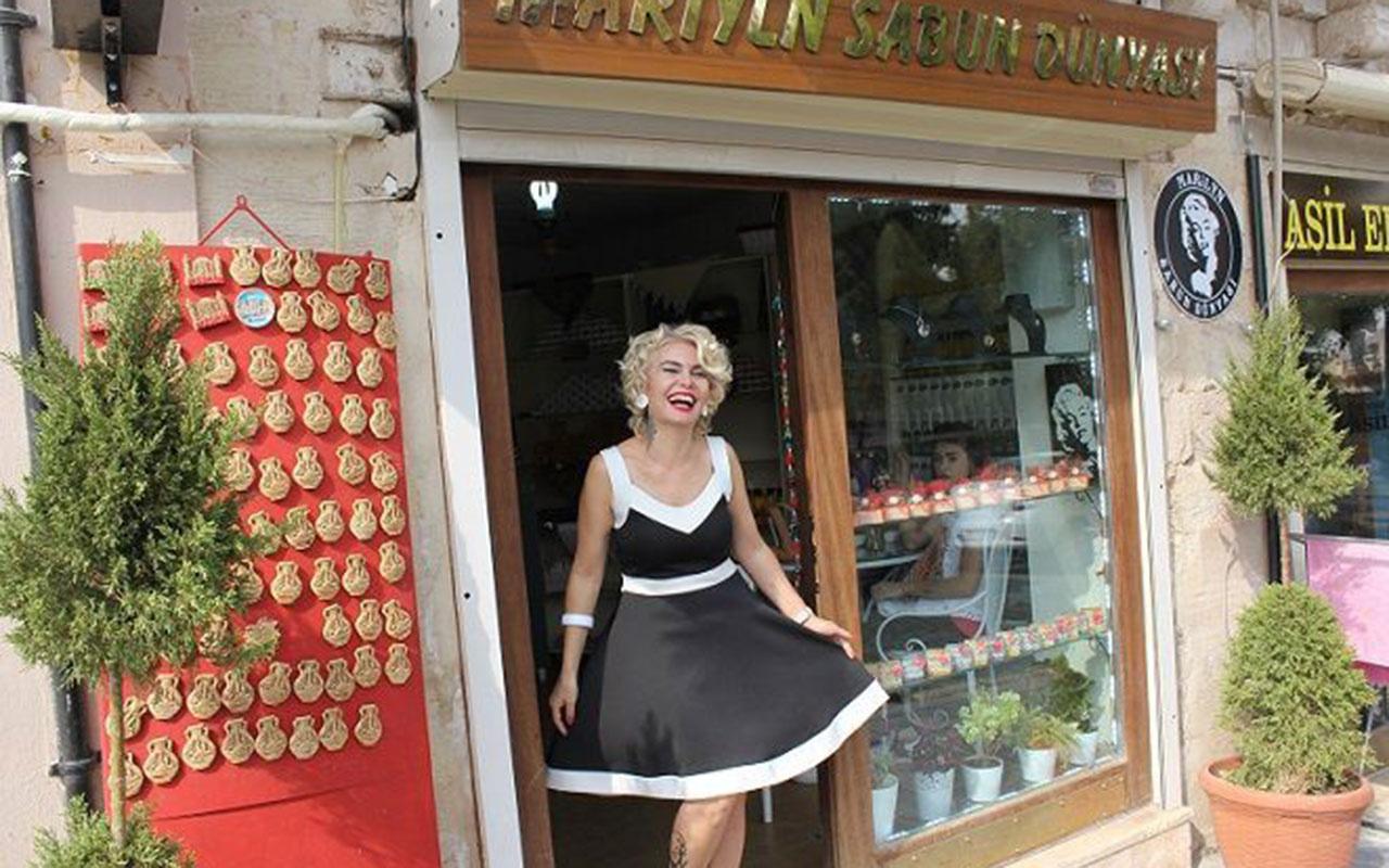 Mardinli Marilyn Monroe'yu gören şaşırıyor! Parasının yüzde 90'ını sokak hayvanlarına harcıyor
