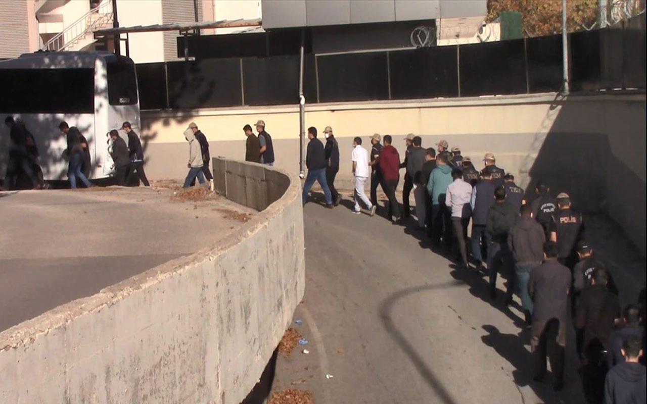 Gaziantep merkezli 32 ilde FETÖ operasyonu! 11 zanlı tutuklandı